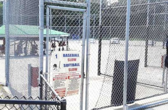 Tyngsborough MA Maxs Country Golf Batting Cages